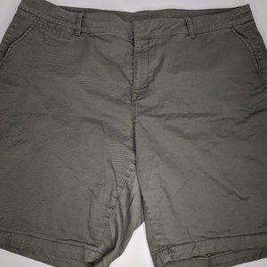 Lane Bryant Woman's Olive Green Shorts Size 20